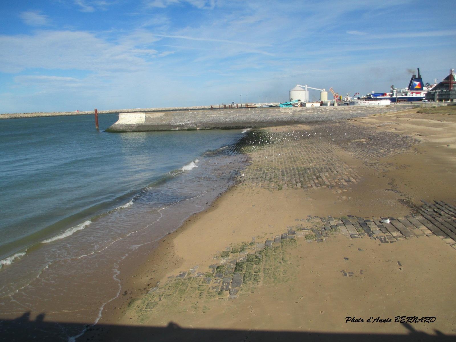 Vue sur le port de Calais