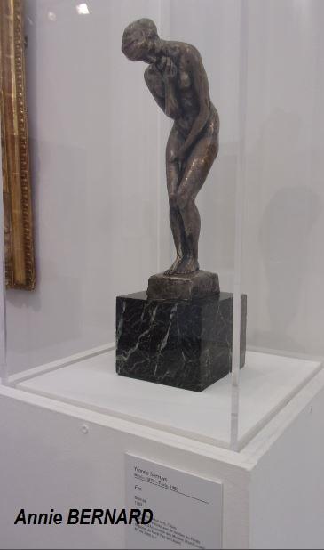 Une des rares statues féminines