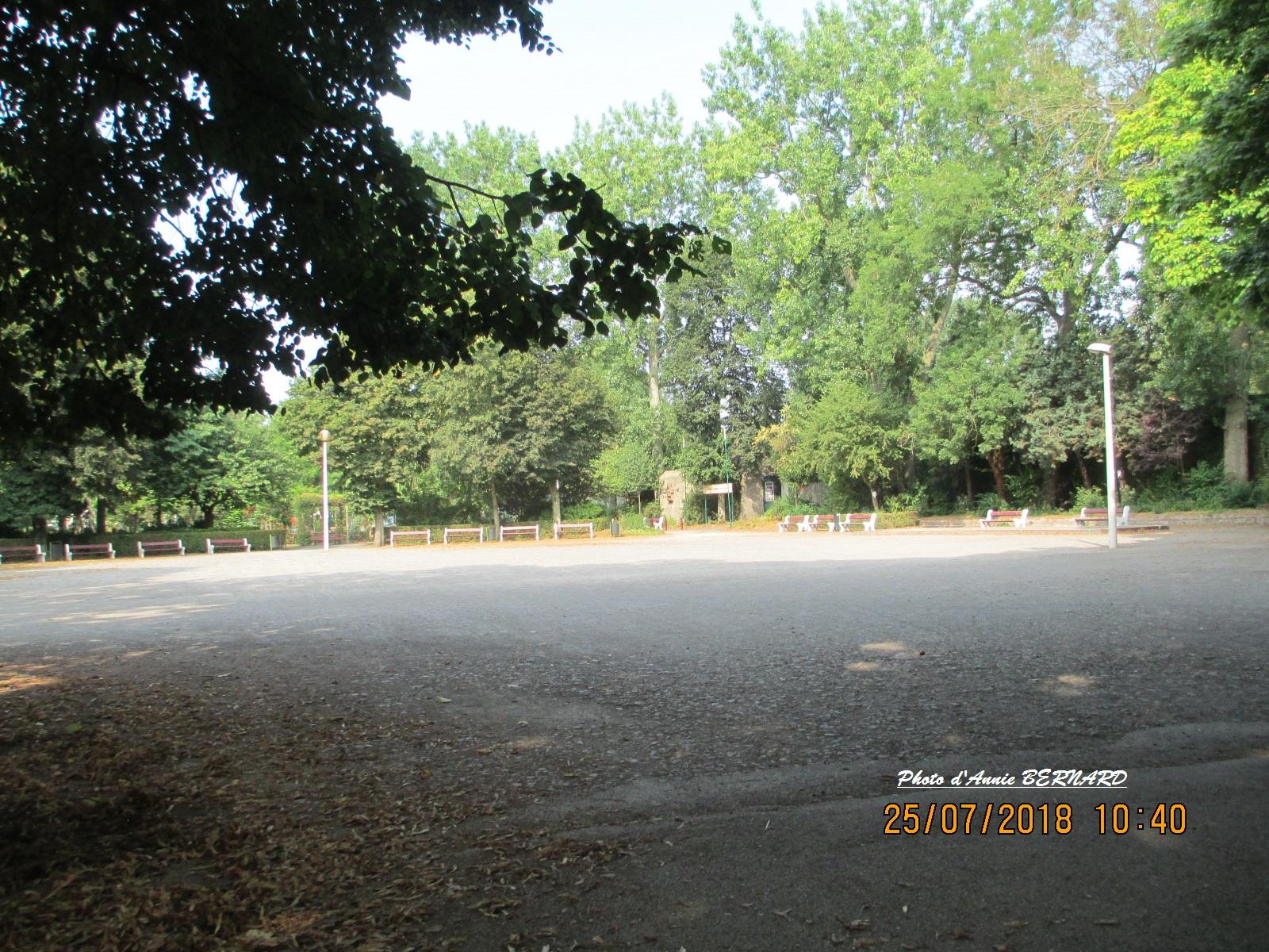 La rotonde dans le parc