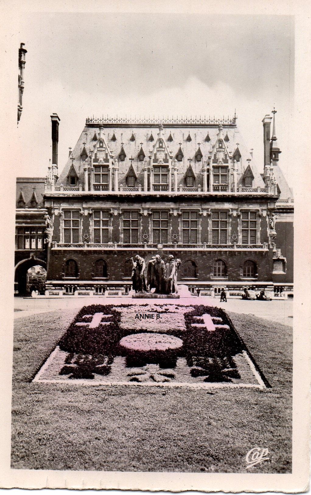 Rétro, La mairie de Calais et son blason fleuri