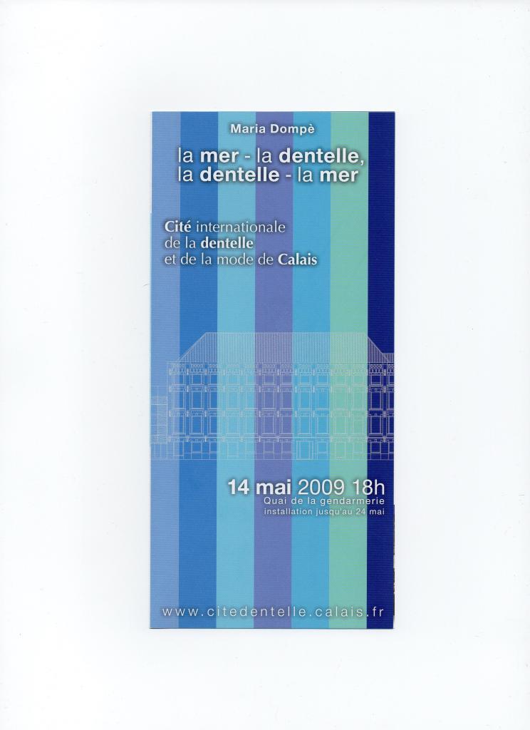 Maria Dompè création avec des dentelles bleues