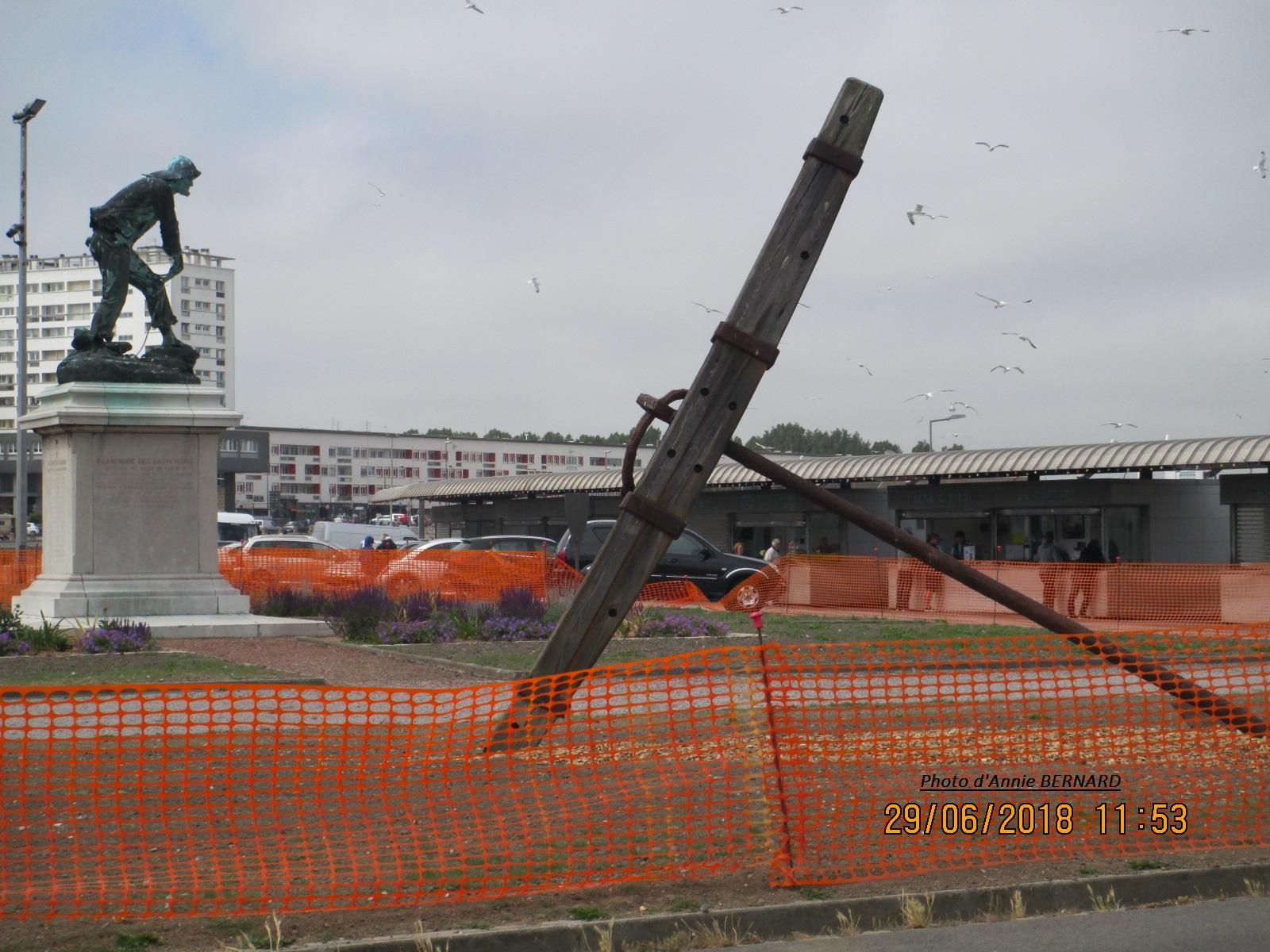 Le monument des sauveteurs de Gavet