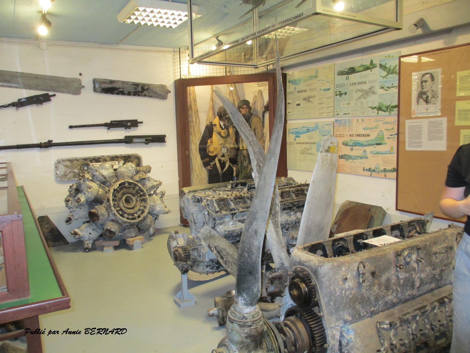 Des vestiges de moteurs d'avions