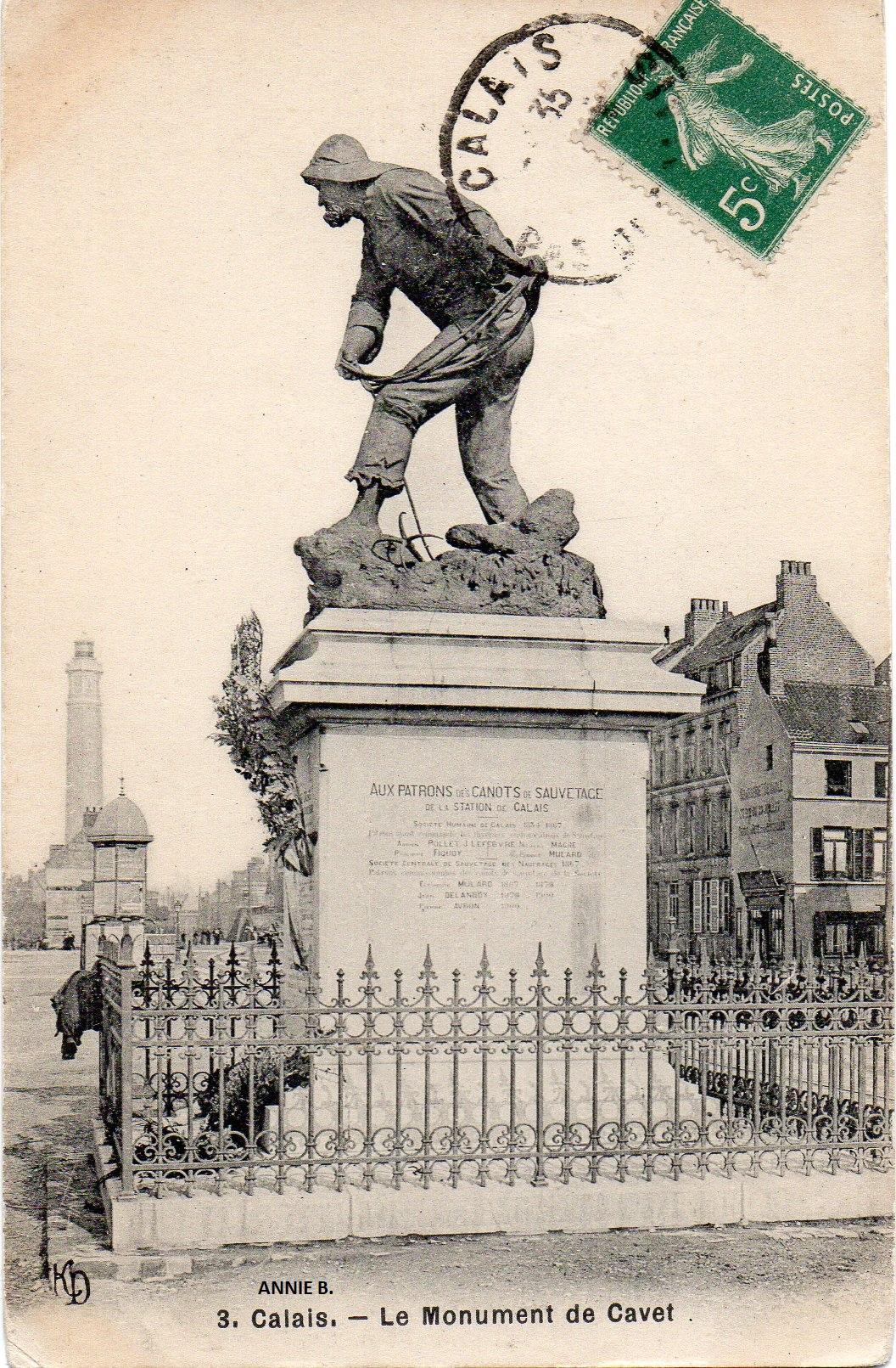 Le monument du sauveteur par le sculpteur Gavet