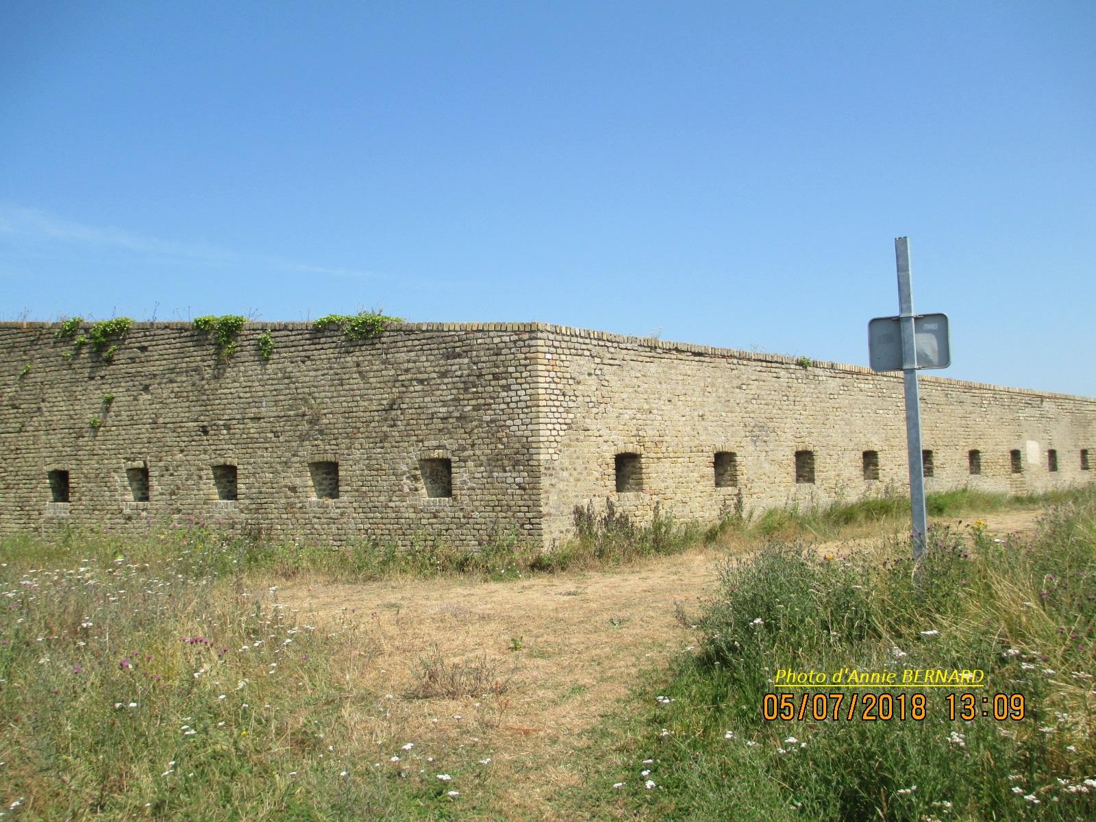Une autre muraille