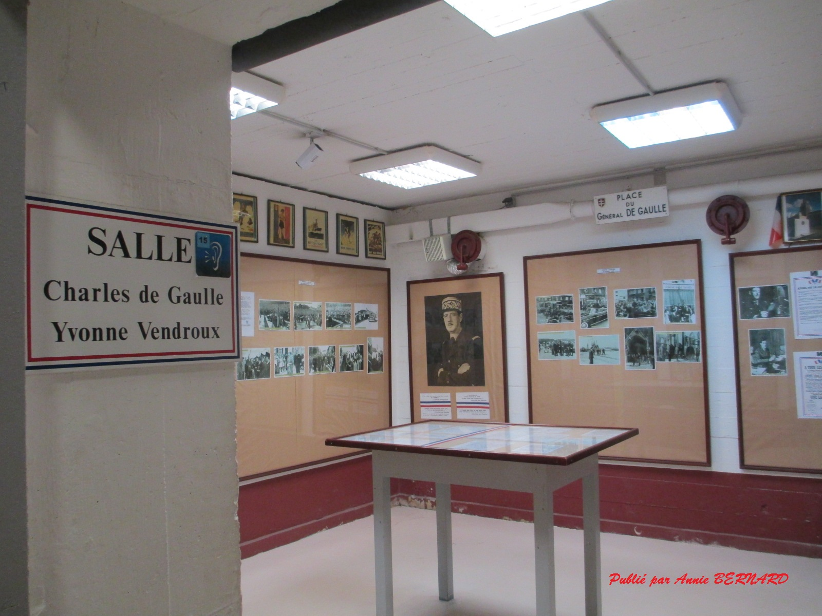 Salle consacrée à Charles De Gaulle et Yvonne Vendroux