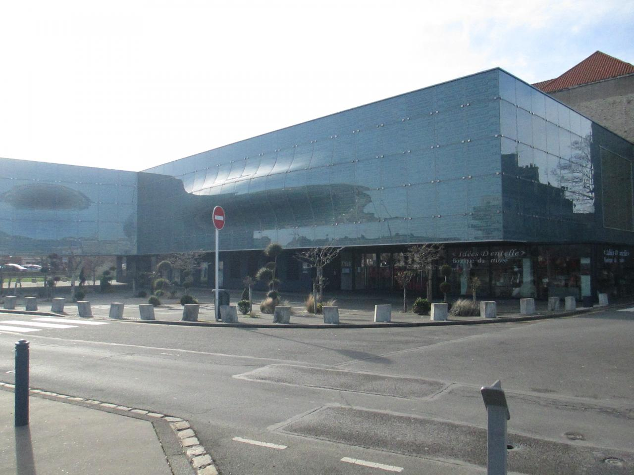 Cité Internationale de la Dentelle et de la Mode de Calais