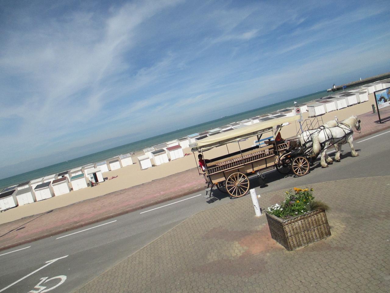 Vue sur les chalets de Calais
