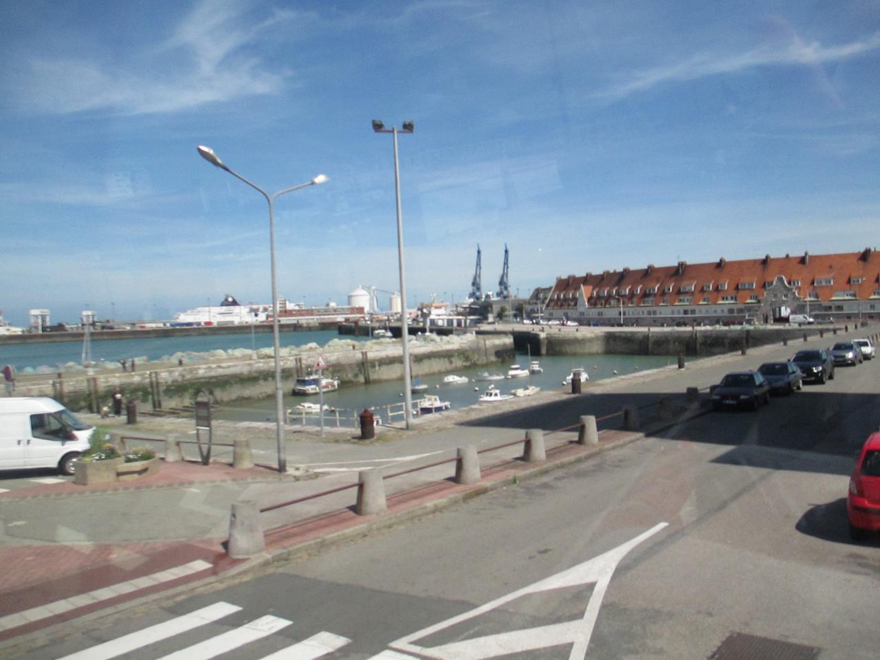 Calais, vue sur le Bassin du Paradis et le Port