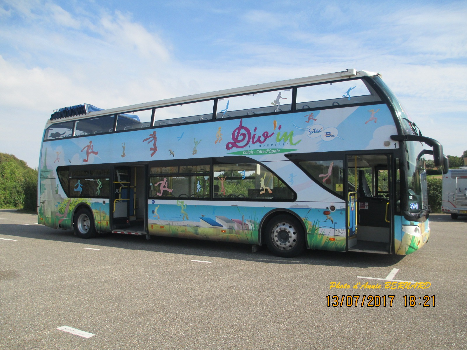 Un bus pour se promener sur la côte d'Opale
