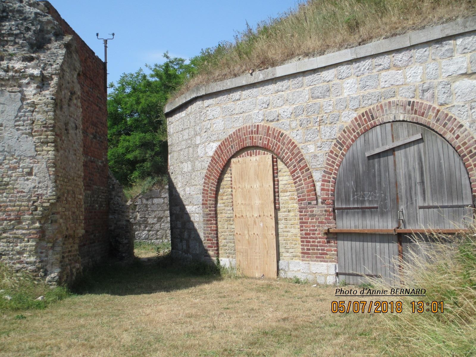 Une des portes du Fort
