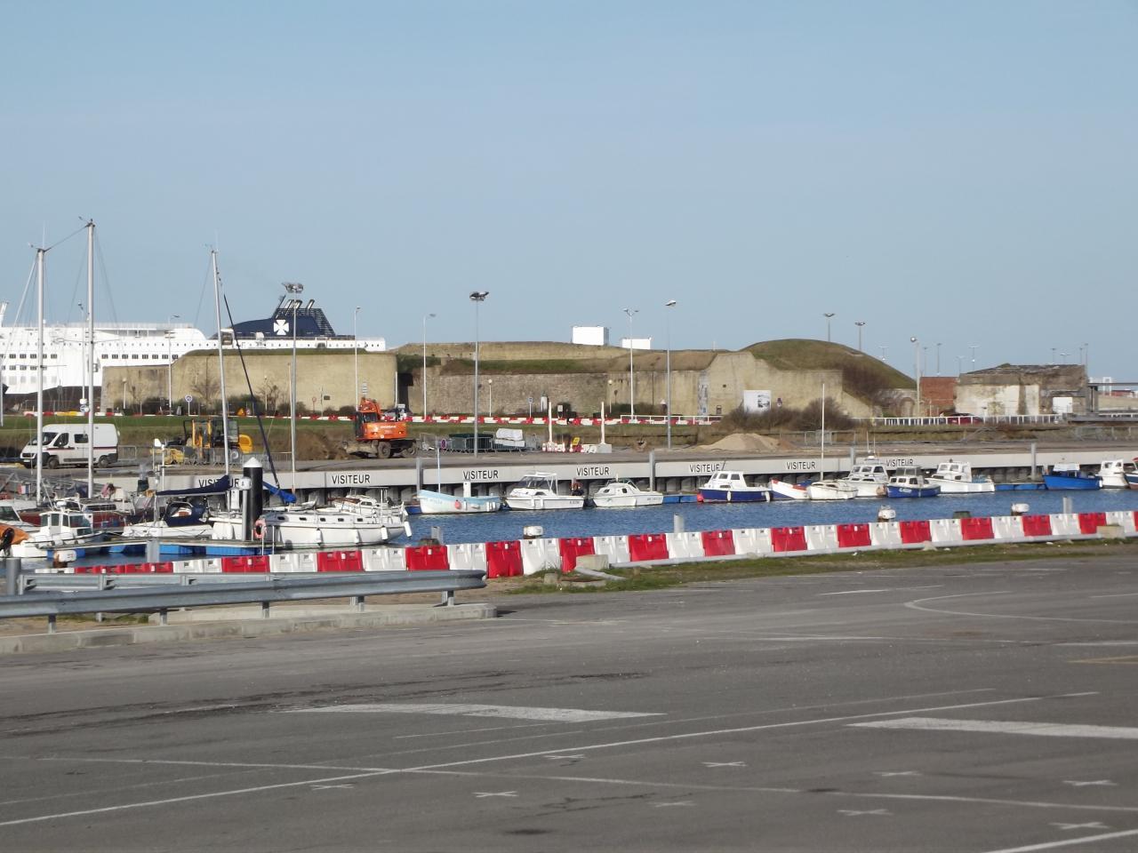 Quartier du Courgain Maritime, le Fort Risban au loin