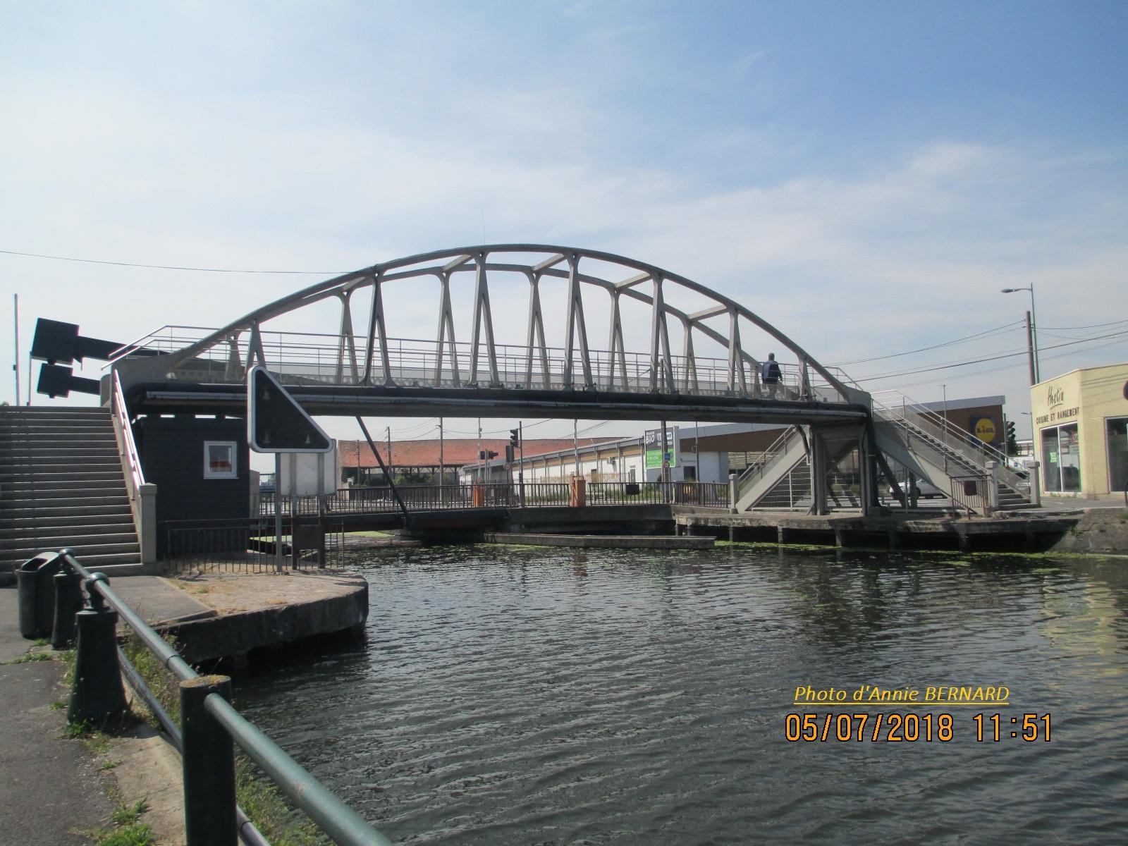 Vue sur les deux ponts Ovide