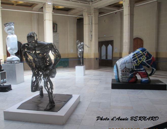Deux oeuvres de Sacha Fasquel exposées à la mairie de Calais