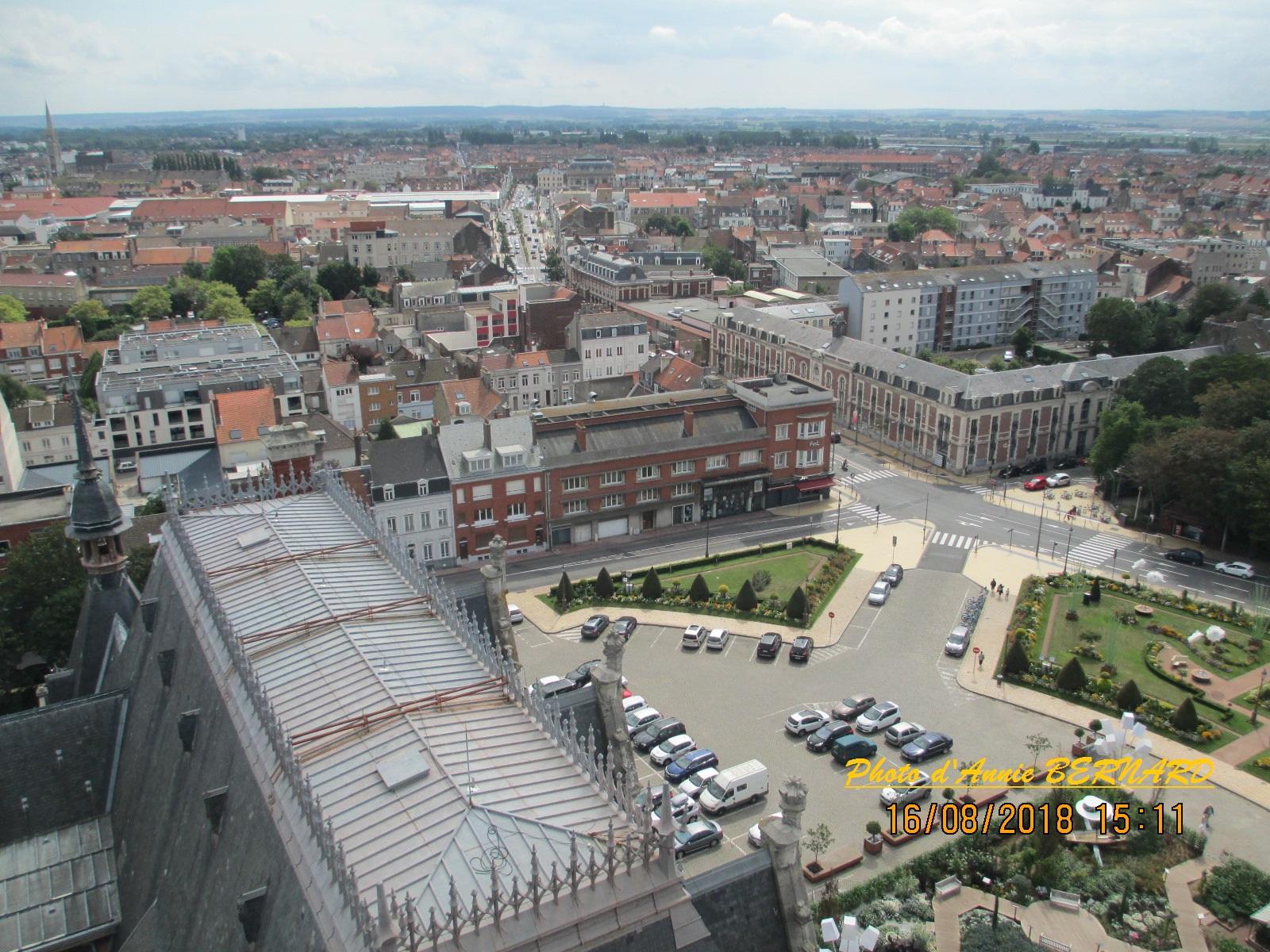 Vue sur les toits de la mairie