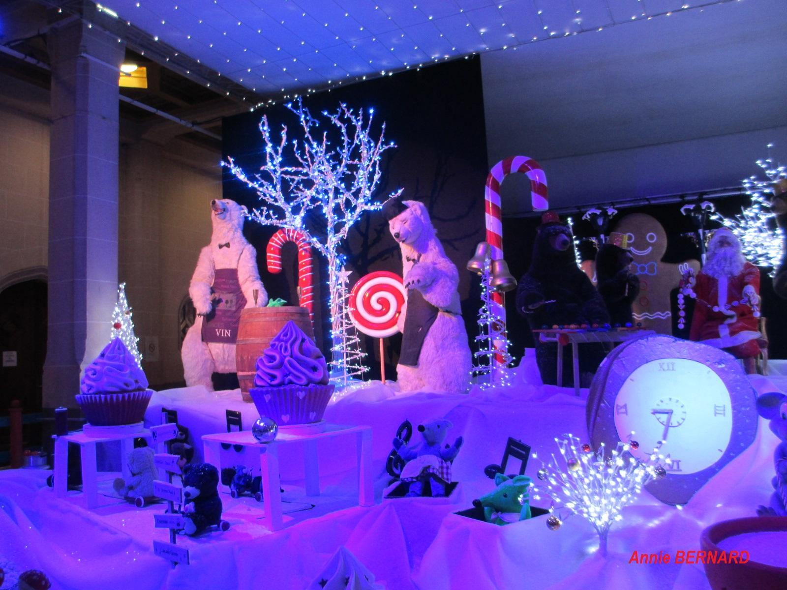 Scène de Noël dans la mairie