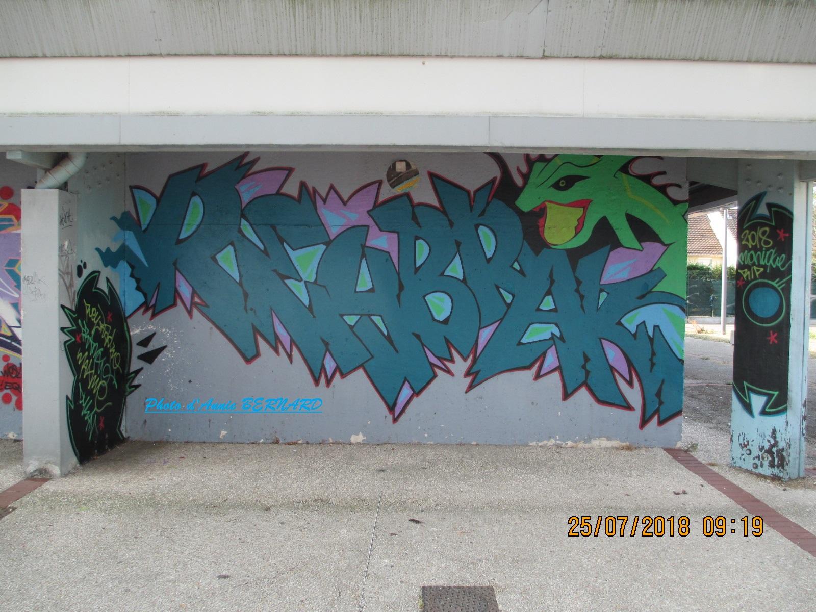 Art urbain bleu