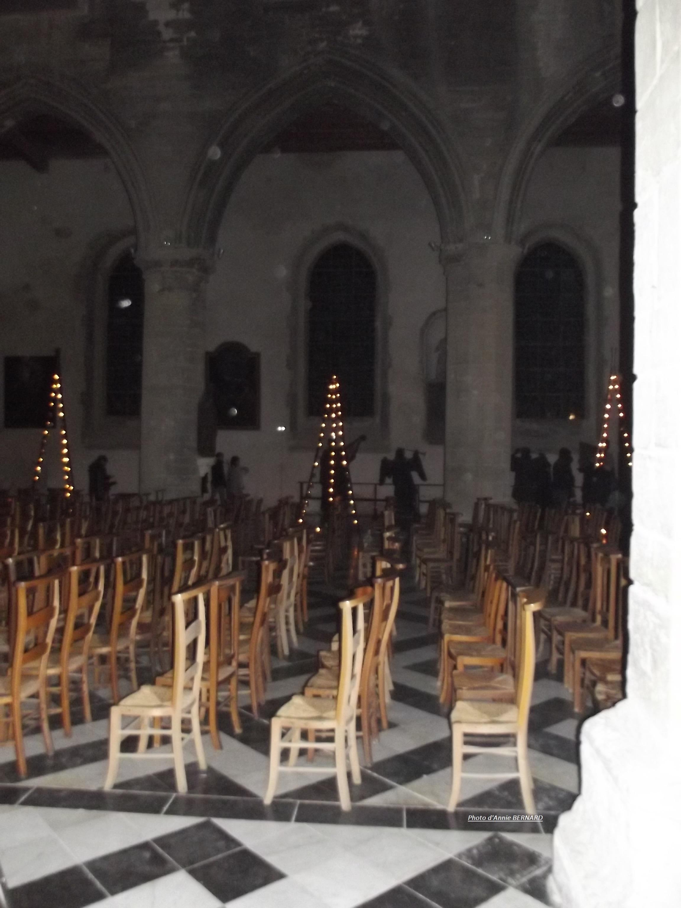 l' intérieur de l'Eglise Notre-Dame de Calais en 2017