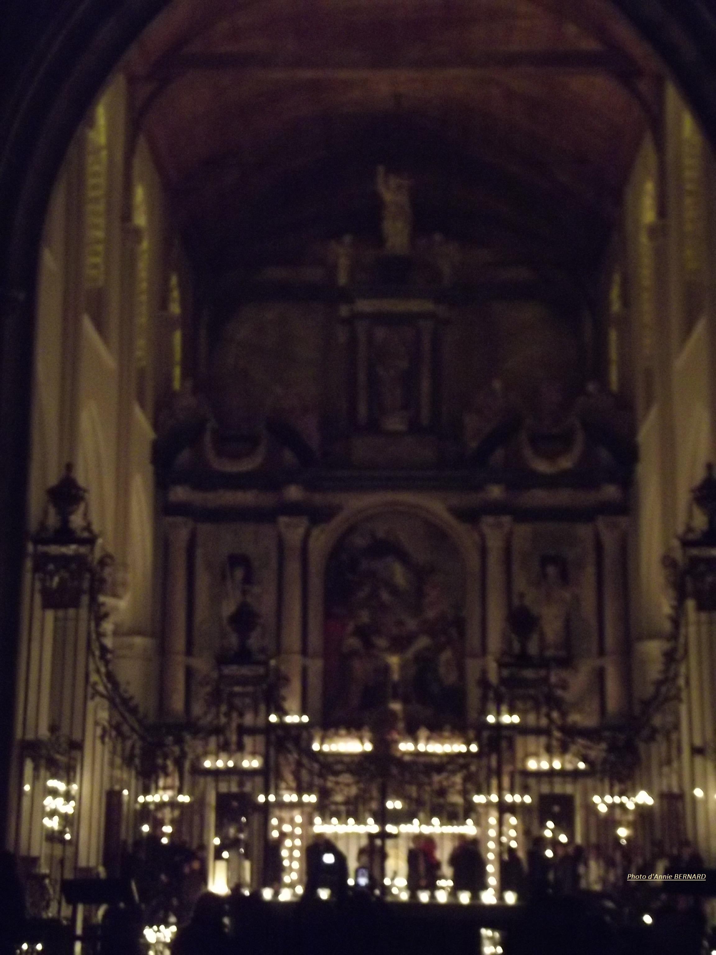 Eglise Notre-Dame de Calais de nuit